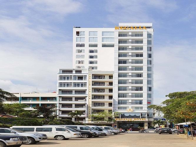 Khách sạn Regalia (98B Trần Phú, Nha Trang)